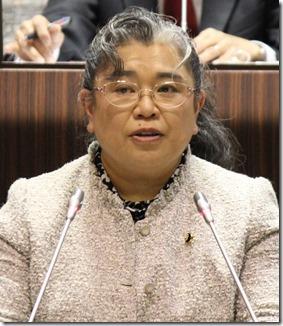 横須賀市は議員定数が41から40へ。1減。日本共産党は現状のままで良いとして反対討論をしました。「議員の数が多すぎる、もっと減らすべき」というお声を聴きますが、実際は40万横須賀市政をしっかり監視するためには多様な民意の代表である議員の数はそう簡単に減らしてはならないと思います。