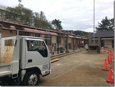 鴨居保育園の園舎の損壊状況と保育の現状を視察