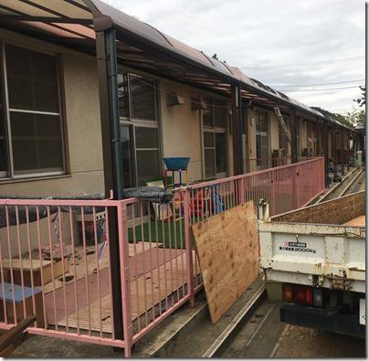 台風によって損壊の被害を受けた鴨居保育園視察 (9)