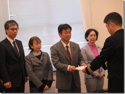 海上自衛隊地方総監部へ「たかなみ」派遣中止要請行動 (5)